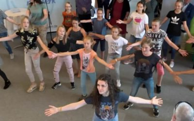 """Small Talk"" Follow-Up-Vídeo: Flashmob en Augsburg"